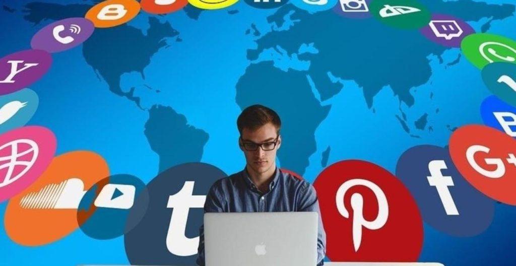 socialmedia manager e hotel